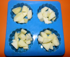 Briose pufoase cu mar mango retete copii diversificare