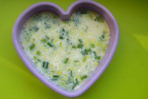 omleta cu oua de prepelita, diversificare, blw, retete sanatoase pentru copii