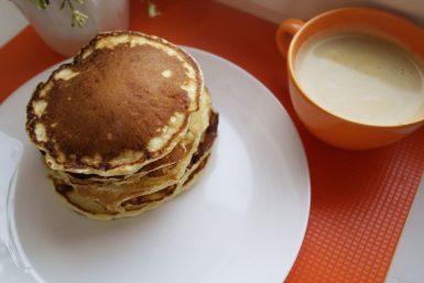 pancakes, clatite americane, reteta clatite americane, clatite pufoase