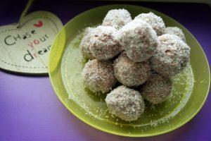 diversificare, retete sanatoase, retete pentru copii, bomboane cu capsuni, bomboane pentru copii