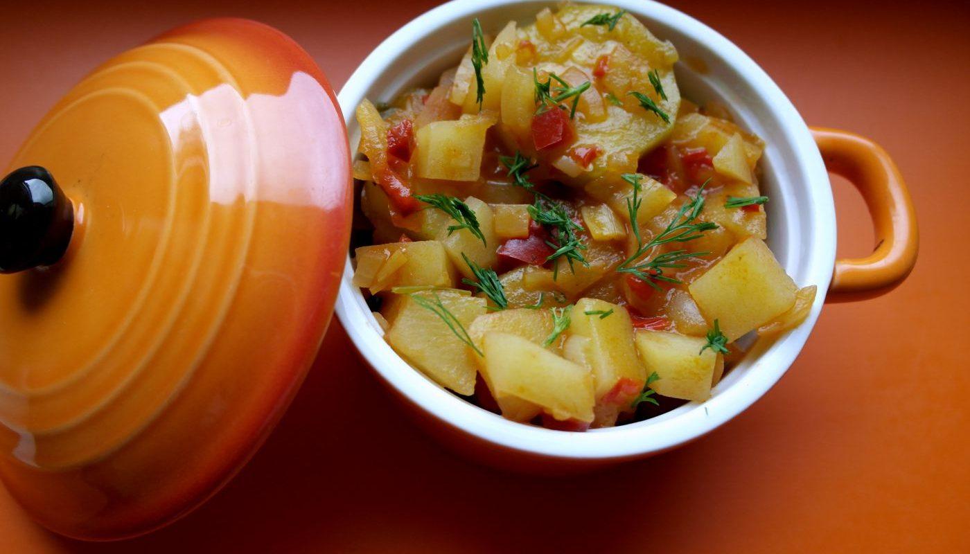 tocanita de cartofi pentru copii, tocanita pentru copii, retete pentru copii, mancarica de cartofi si dovlecel, retete cu cartofi pentru copii