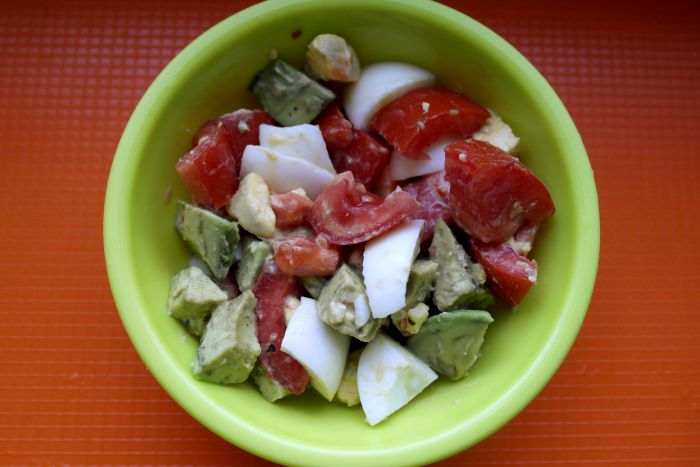 salata pentru copii, retete cu avocado pentru copii, salata cu avocado, biscuim, retete biscium