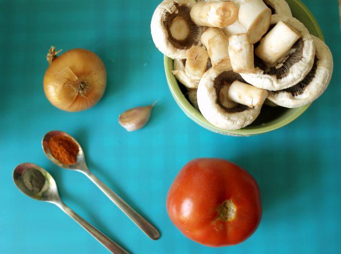 idei de pranz pentru copii, diversificare, retete biscuim, biscuim, retete pentru copii, retete cu ciuperci pentru copii, tocanita de ciuperci, mancarica de ciuperci