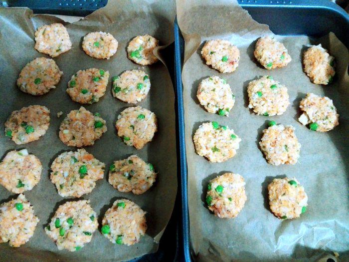 retete sanatoase pentru copii, diversificare, biscuim, retete biscuim, chiftelute cu orez si cartof dulce, retete de chiftelute pentru copii, retete cu cartof dulce, retete cu orez pentru copii