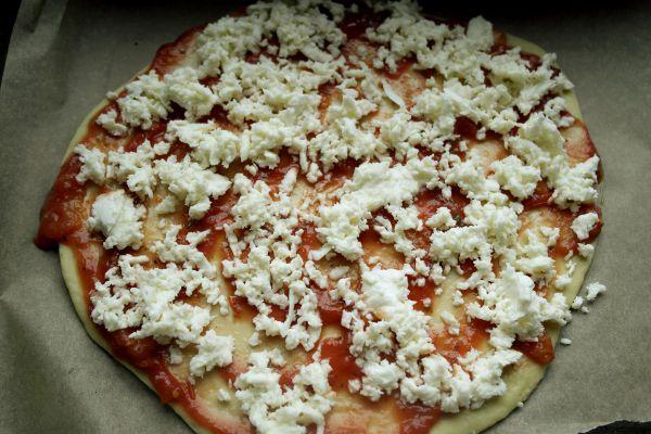 biscuim, diversificare, retete biscuim, pizza pentru copii, aluat de pizza la masina de paine, retete rapide pentru copii